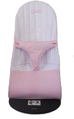 Funda para Hamaca BabyBjörn Balance Soft REVERSIBLE, BORDADA CON EL NOMBRE DEL BEBÉ, en estrellas rosa y blanco (Sustituye tapicería original)