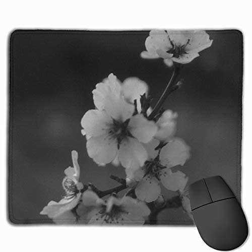 The Plum Blossom In The Black and White World Mousepad Non-Slip Rubber Gaming Mouse Pad Rectangle Mouse Pads for Computers Laptop (11.8X9.8 Inch) -