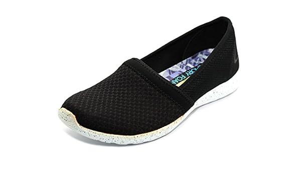 7196eaeebd39 Skechers Girls Black White Stardust Sure Bet Shoes  22804  - UK 2 EU 35   Amazon.co.uk  Shoes   Bags