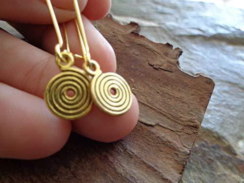 ✿ KLEINE GOLDENE SPIRALEN ✿ lange Ohrringe an goldenen, langen Haken