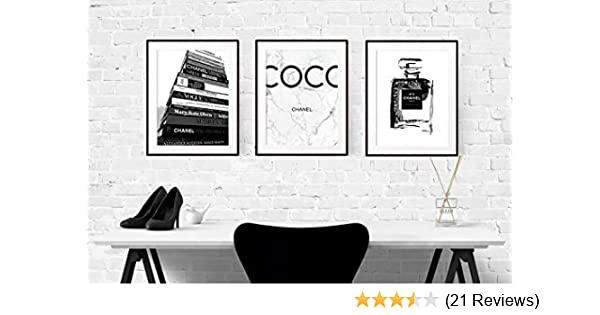 210 x 297mm Singer Pink on Bed Home Decor Canvas Print A4 Size