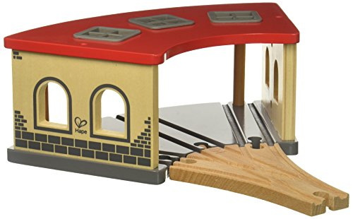 Hape- Cocheras de Tren Big Engine Shed (Barrutoys E3704)
