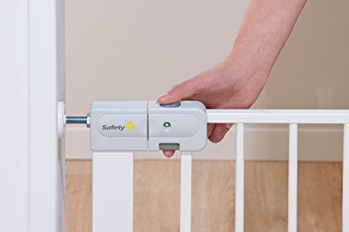 Safety 1st SecurTech Tür- und Treppenschutzgitter, aus Metall, schließt automatisch,Weiß - 3