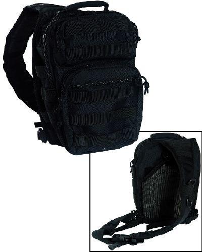 Assault Pack One Strap small 4 Farben Schwarz
