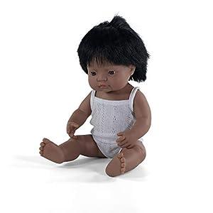 Miniland - Muñeco bebé Latinoamericano Niño de vinilo suave de 38cm con rasgos étnicos y sexuado para el aprendizaje de la diversidad con suave y agradable perfume. Presentado en caja de regalo.
