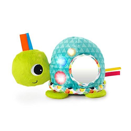Bright Starts, Musikspielzeug Plüschschildkröte mit Lichtern, 8 Melodien, einem Spiegel und Taggies Schlaufen, Perfekt zum Spielen In Der Bauchlage