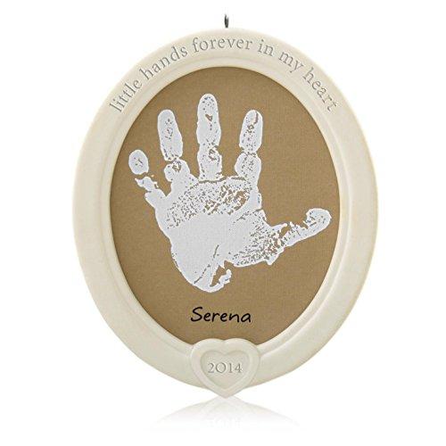 Hallmark qhg1203Little Hände Handabdruck–2014Andenken Ornament