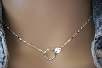 Collier minimaliste en argent massif anneau et médaille