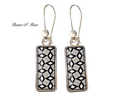 Boucles d'oreilles rectangulaire petits losanges noirs et blancs cabochon couleur argent rectangle