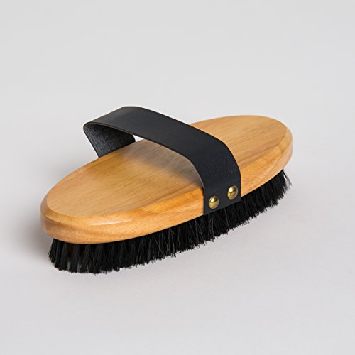cleaning-brush-brass-brush-interior-brush-with-handle-plastic-bristles-and-straps-exterior-wood-varn