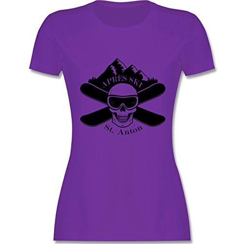 Après Ski - Apres Ski St Anton Totenkopf - tailliertes Premium T-Shirt mit Rundhalsausschnitt für Damen Lila