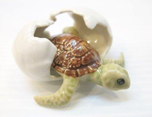 Dollhouse Miniatures Keramik Schildkr?te im Ei Figur Tiere Dekor