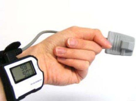 Pulsoximeter Pulsoxymeter für das Handgelenk MD300 W1 mit MedView Auswertesoftware Tag u. Nacht Datenspeicherung