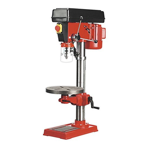 The Sealey GDM120B Pillar Drill Bench is one heavy unit that is perfect for lighter industrial, agricultural and woodworking applications. This heavyweight unit has a 350 watt motor with an input power of 550 watt. We have seen that this is the motor performance level that the industry uses for smaller units like this one.