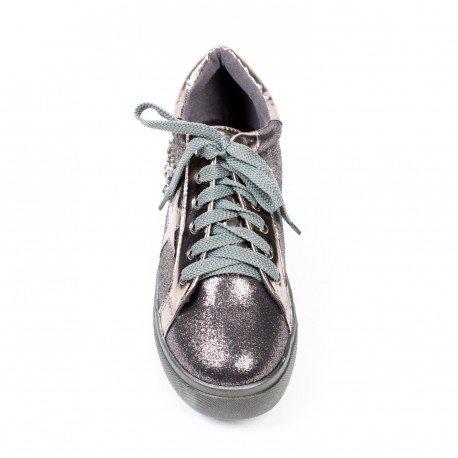 Ideal Shoes - Baskets pailletés ornés de bijoux fantaisie Britania Bronze