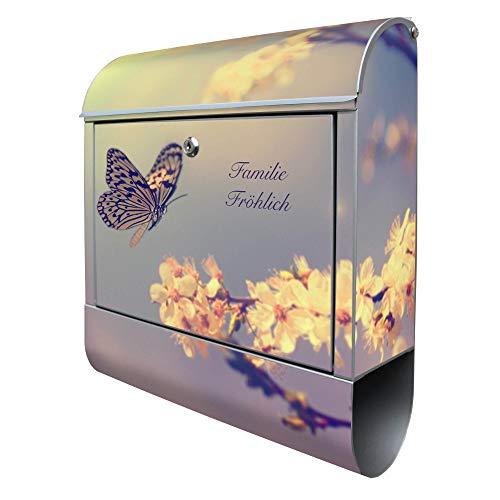 Banjado Design Briefkasten mit Motiv Tag Im Mai | Stahl pulverbeschichtet mit Zeitungsrolle | Größe 38x47x14cm, 2 Schlüssel, A4 Einwurf, inkl. Montagematerial mit Beschriftung
