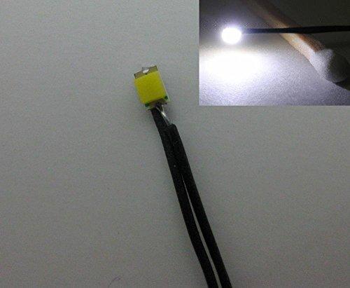 Preisvergleich Produktbild Evemodel 20 Stk. SMD LEDs weiss Bauform 0805 mit Kabel 20cm 12-18 V