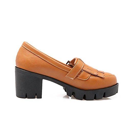AllhqFashion Damen Weiches Material Rund Zehe Mittler Absatz Ziehen Auf Rein Pumps Schuhe Braun