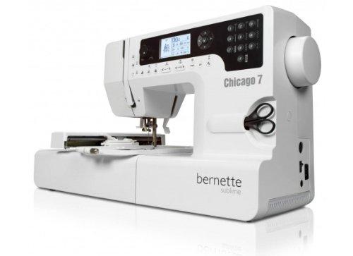 Bernina 4260366210536 Bernette Chicago7 Machine à coudre et à broder