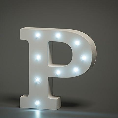 En Luces Decorativas LED, diseño de alfabeto de madera en color blanco letras–Carta P