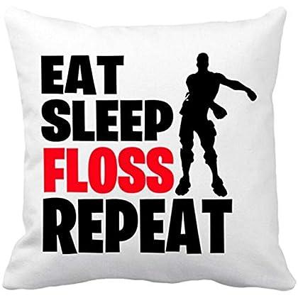 Ya sea para el sofá o sea para la cama, no te olvides de tener un cojín fortnite que siempre te acompañe aún cuando estás durmiendo o descansando!