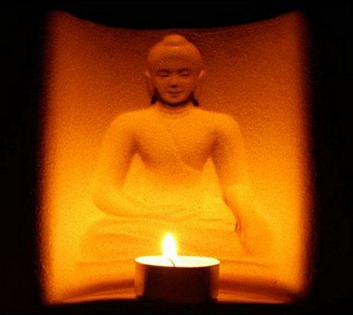 Thai410 - 3D Teelichthalter 'Meditierender Mönch' - Verblüffender Effekt - Atmosphärische Ruhe