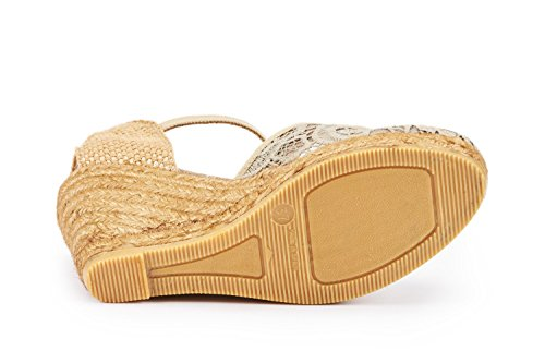 VISCATA Satuna Ankle-Strap, Closed Toe, Classic Espadrilles with 3-inch Heel Made in Spain Beige