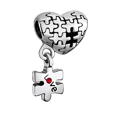 """MYD Autismus-Anhänger, Schmuck zur Achtsamkeit gegenüber Autismus, Herz mit rotem Kristallstein und hängendem Puzzle-Stein mit Aufschrift \""""Love\"""", passend für europäische Bettelarmbänder, für Frauen"""
