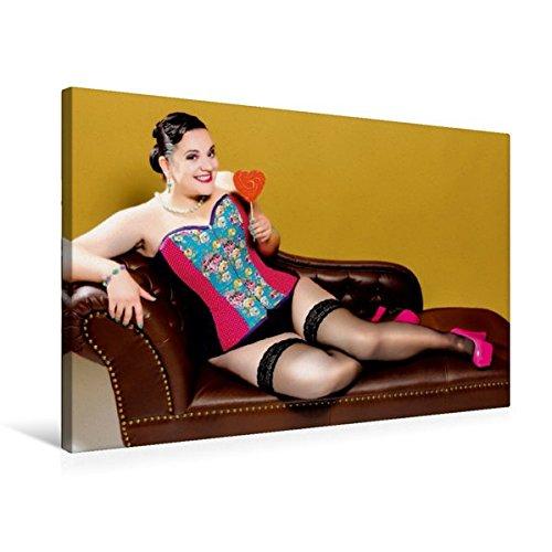 and 75 cm x 50 cm quer, XXL Dessous Girls | Wandbild, Bild auf Keilrahmen, Fertigbild auf echter Leinwand, Leinwanddruck: Model in ... einen Lolli auf dem Sofa (CALVENDO Menschen) (übergewicht Dessous)