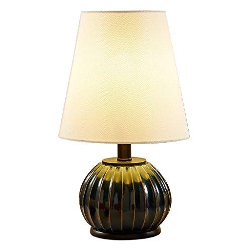 Home experience- Nordique Simple Table Lampe Creative Moderne Salon Décoration Lumières Étude Lecture Lumière Lampe de chevet pour Chambre Résine Lampe Corps Interrupteur Bouton