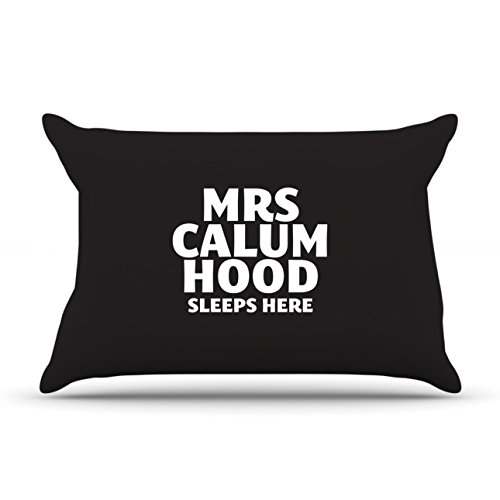 Mrs Calum Hood dorme qui Pillow Case