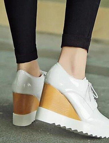 ZQ hug Scarpe Donna - Sneakers alla moda - Tempo libero / Formale - Comoda / Punta squadrata - Zeppa - Finta pelle -Nero / Rosso / Bianco / , silver-us8 / eu39 / uk6 / cn39 , silver-us8 / eu39 / uk6 / white-us6 / eu36 / uk4 / cn36
