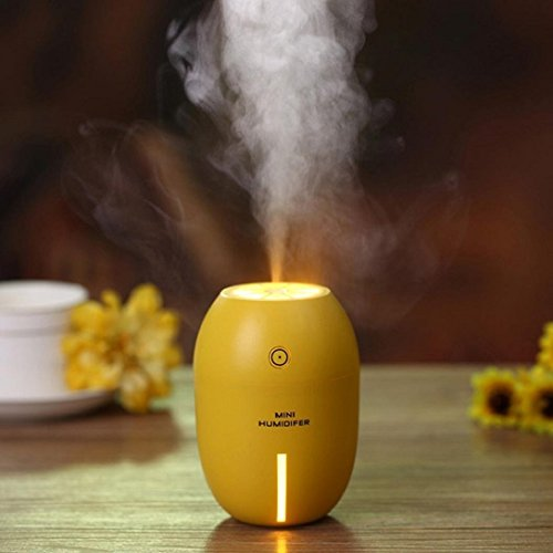 Voiture Intérieur/huile essentielle Diffuseur d'arômes/Cool Mist humidificateur/purificateur d'air avec port de chargeur de voiture 5 V, Mini Portable USB avec lumière de nuit, arrêt automatique 180 ml - jaune
