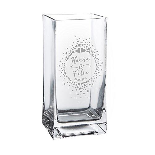 Casa Vivente Glasvase mit Gravur - Kreis aus Herzchen - Personalisiert mit Namen und Datum - Motiv Herzen - Dekoration - Geschenkidee zum Valentinstag - Hochzeitsgeschenke für Brautpaar (Kreis Datum)