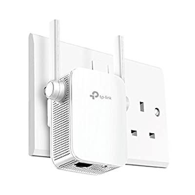TP-Link Universal Dual Band Range Extender, Broadband/Wi-Fi Extender, Wi-Fi Booster/Hotspot with 1 Gigabit Port and 4 External Antennas, Built-In Access Point Mode, UK Plug