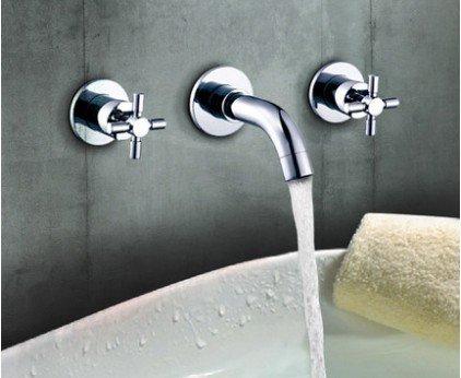 Gardena Einfache Einstellung der Bewässerungssteuerung durch innovatives Dreh- und Drückprinzip