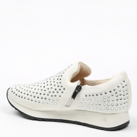 Ideal Shoes - Baskets incrustées de strass Tiana Blanc