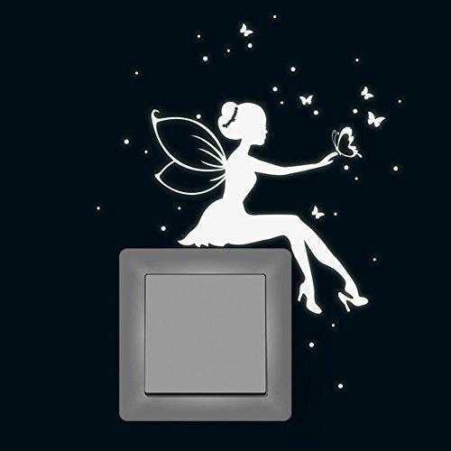 Wandtattoo Leuchtsticker Fee Elfe mit Schmetterlinge und Sterne fluoreszierender Lichtschalteraufkleber nachtleuchtender Wandsticker Leuchtsticker Aufkleber M1742