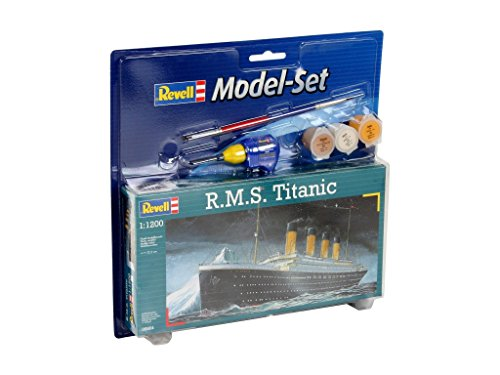 revell-rms-titanic-model-set