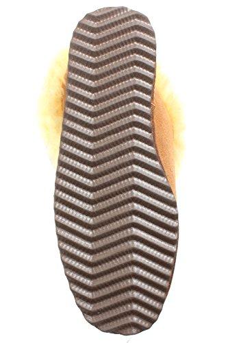 BRUBAKER Damen oder Herren Hausschuhe aus echtem Lammfell und mit fester Grip-Sohle Gr. 35 - 48 Braun