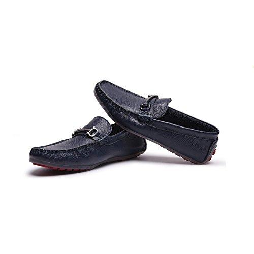 Il Modo Casuale Di Cuoio Degli Uomini Che Guida I Piselli Scarpe Scarpe A