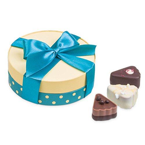 Pralinen in Kuchenstück-Form | Premium Qualität | Geschenkidee | Geschenk | Geburtstag | Dankeschön | Hochzeitsgeschenk | Muttertag | Vatertag | Handarbeit aus erlesenen Zutaten ()