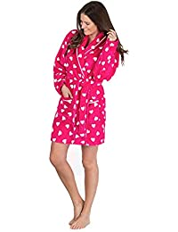 049b5a56b8 Forever Dreaming Women s Fluffy Snuggle Fleece Dressing Gown - Luxury Heart  Print Hooded Robe