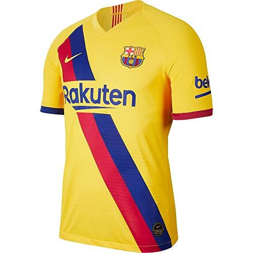 ORGULLO Y RENDIMIENTO.La camiseta de fútbol Nike Breathe FC Barcelona Stadium Away para niño/a incluye detalles, como el escudo tejido, para que muestre orgullo por el equipo, además de elementos de rendimiento como el tejido Nike Breathe, con una es...