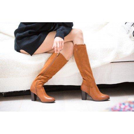 Ideal Shoes - Bottes bi-matière avec tresse verticale Jacintha Camel