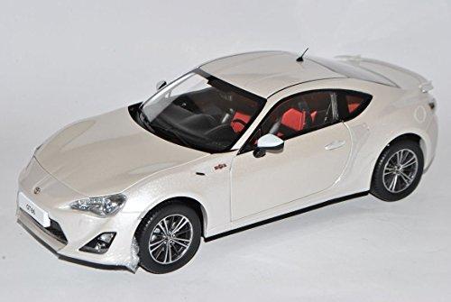 Preisvergleich Produktbild Toyota GT86 Coupe Weiss Ab 2012 1/18 Century Dragon Modell Auto mit individiuellem Wunschkennzeichen