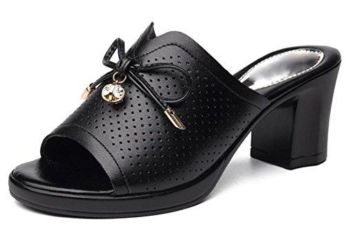 Mit der Frau in der beiläufigen Sommer Pantoffeln weiblichen Fischkopf Hausschuhe Sandalen Wort Black