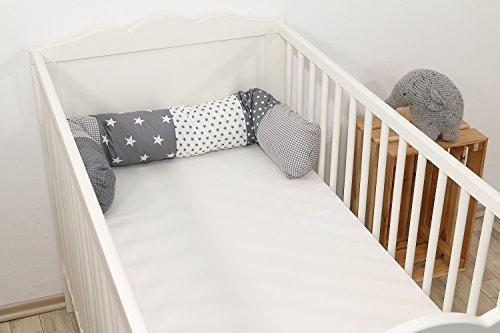 ULLENBOOM ® Bettschlange, Nestchenschlange Graue Sterne (Baby Bettrolle 120x13 cm, ideal als Babybett Kantenschutz, Lagerungskissen, Motiv: Sterne)