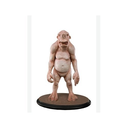 the-chronicles-of-narnia-limited-edition-boggle-statue-by-neca