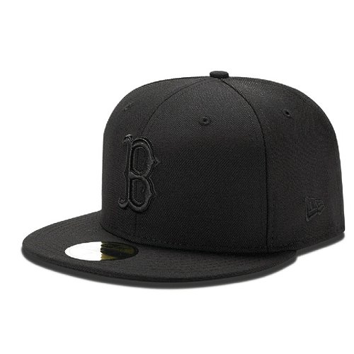 NEW ERA 59FIFTY BLACK ON BLACK BOSTON RED SOX CAP ++ Größe 7 7/8 -